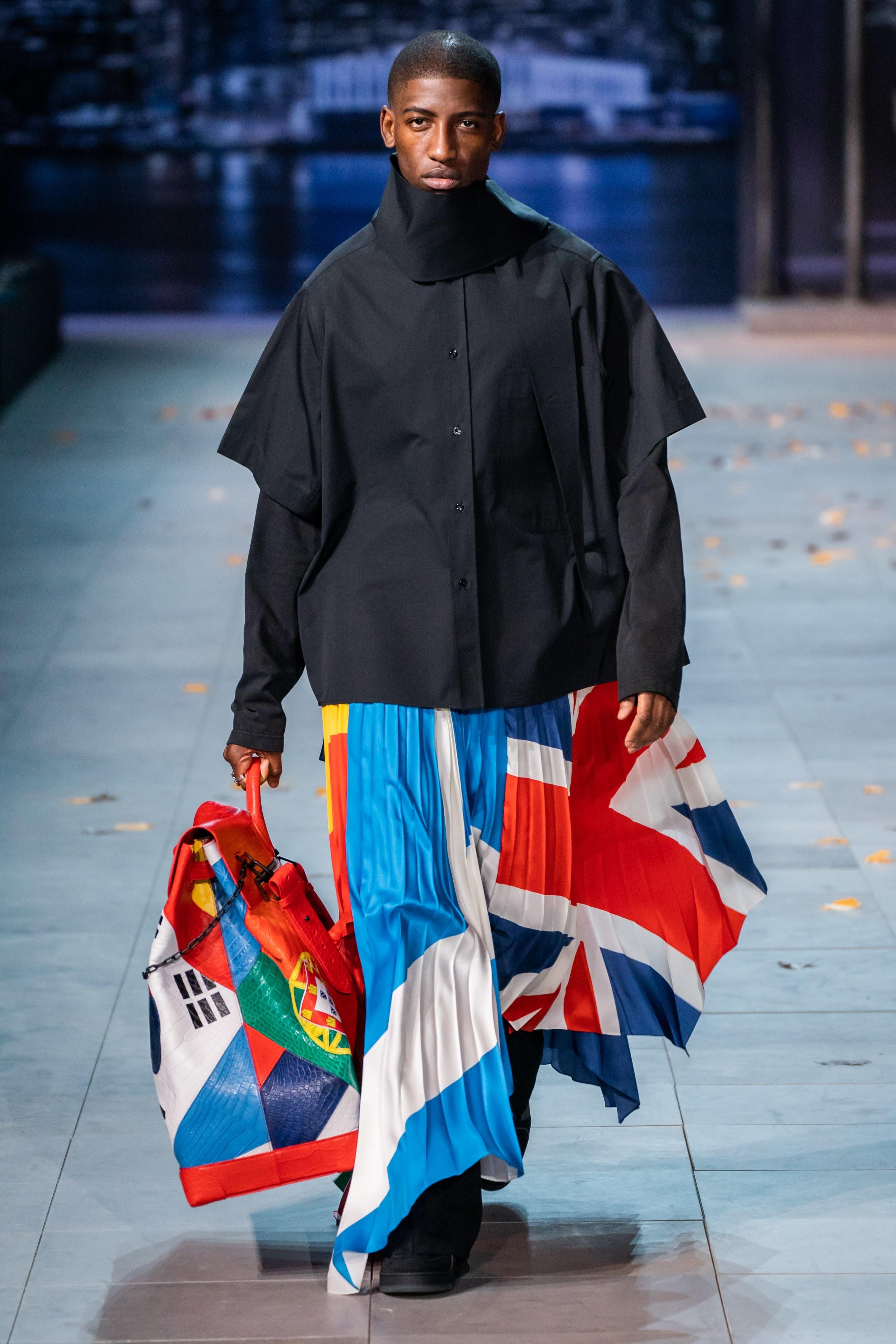 Michael Jackson an hien trong show dien thoi trang nam Louis Vuitton hinh anh 20