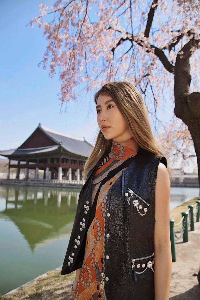 Quynh Anh Shyn - tu hot girl Ha thanh den fashionista co style doc la hinh anh 19 QAS22.jpg