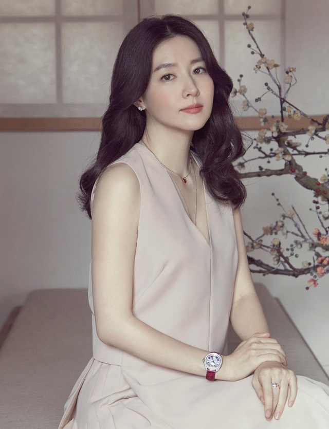 My nhan Lee Young Ae an mac thanh lich anh 1