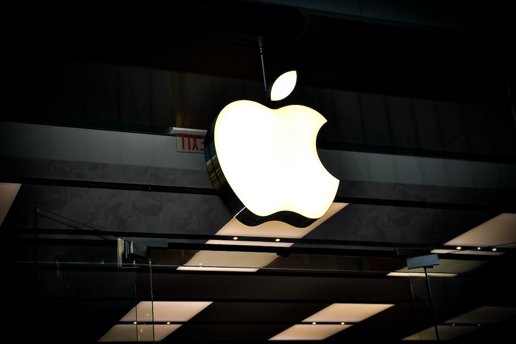 Apple dang di nguoc lai loi noi cua minh anh 3