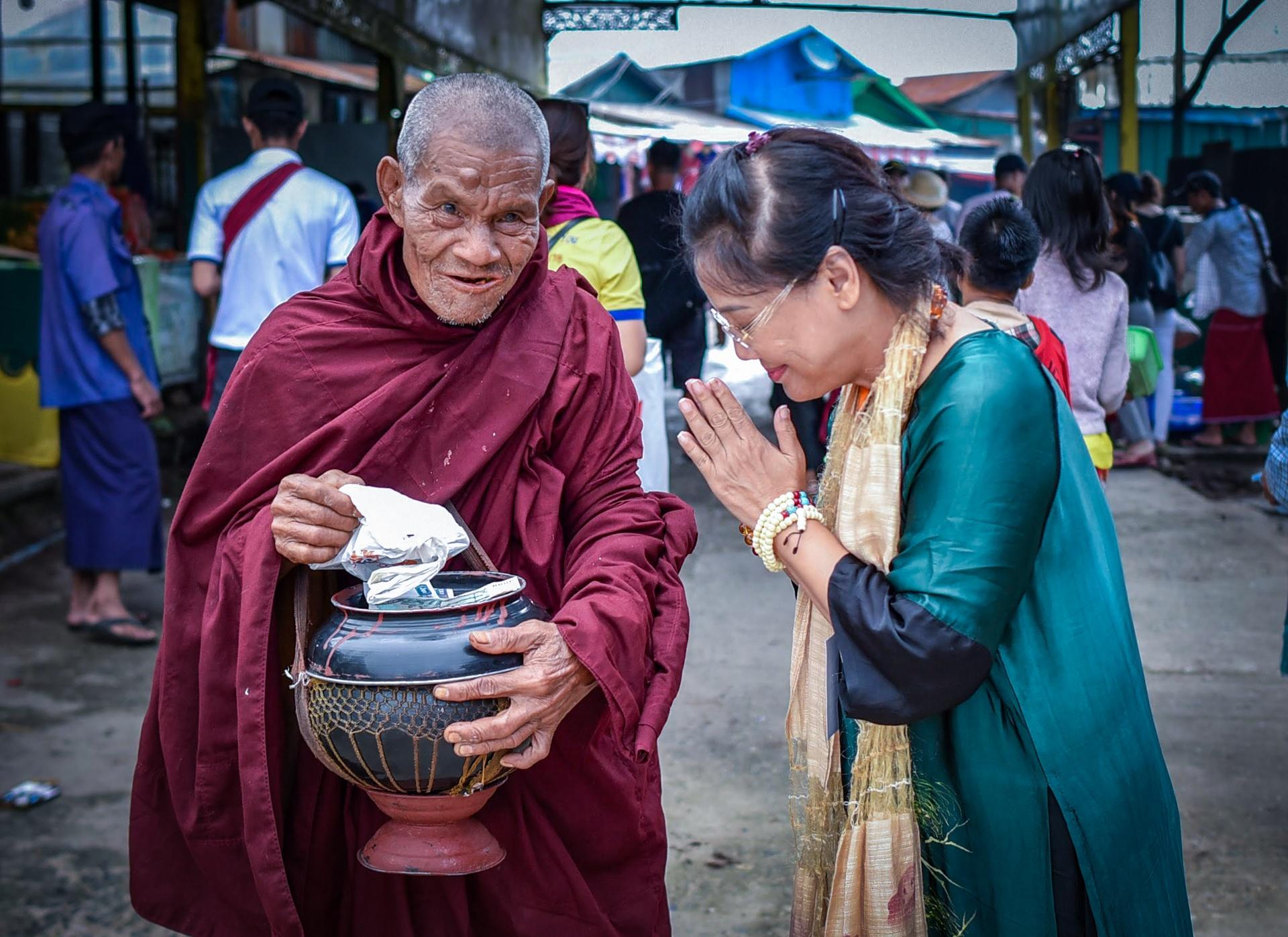 Thang 10 tuoi dep o Myanmar hinh anh 19