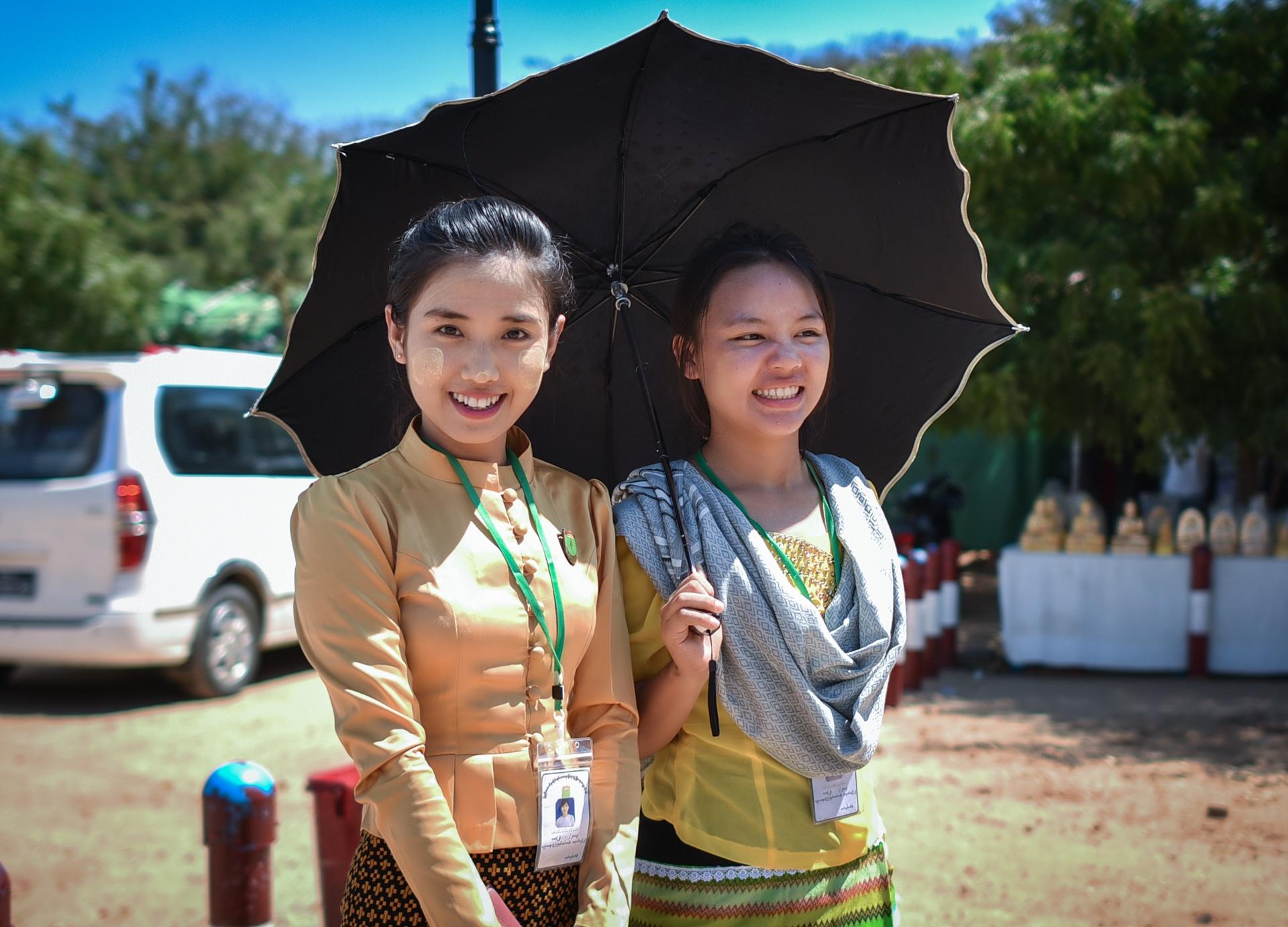Thang 10 tuoi dep o Myanmar hinh anh 30