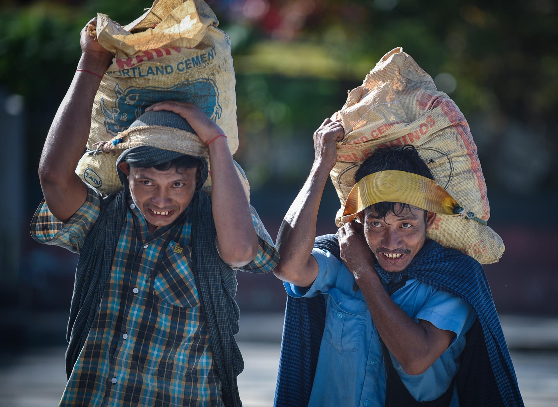 Thang 10 tuoi dep o Myanmar hinh anh 32