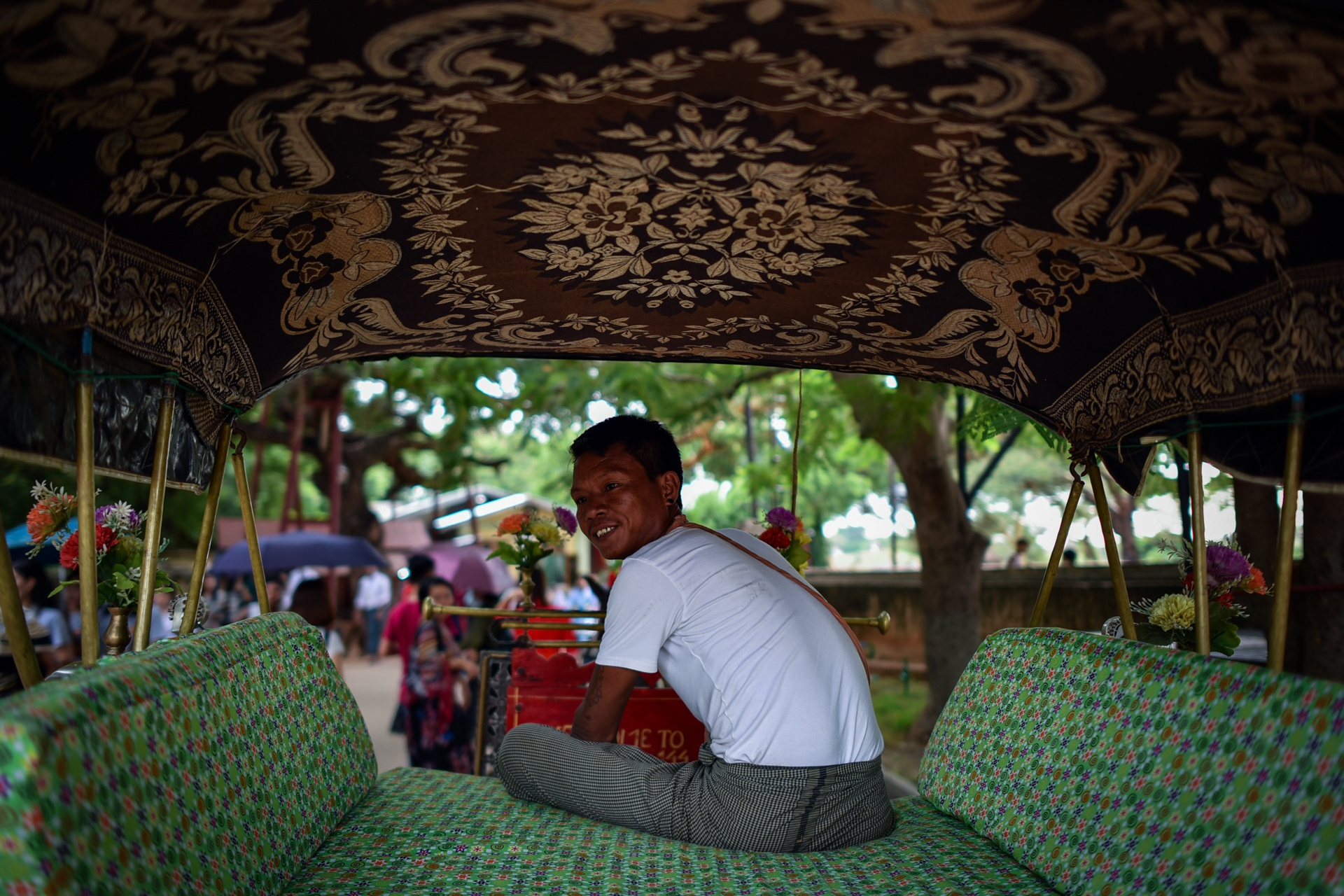 Thang 10 tuoi dep o Myanmar hinh anh 7