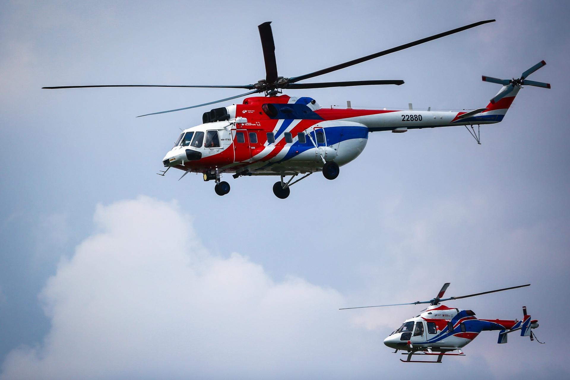 Trực thăng Nga cất cánh trên bầu trời Hà Nội – Ảnh & Video