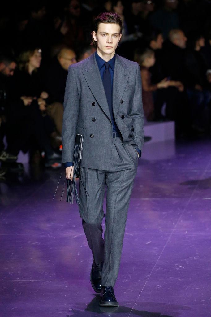 Khong co khach moi den Milan Fashion Week vi lo ngai virus corona hinh anh 24 b11.jpg