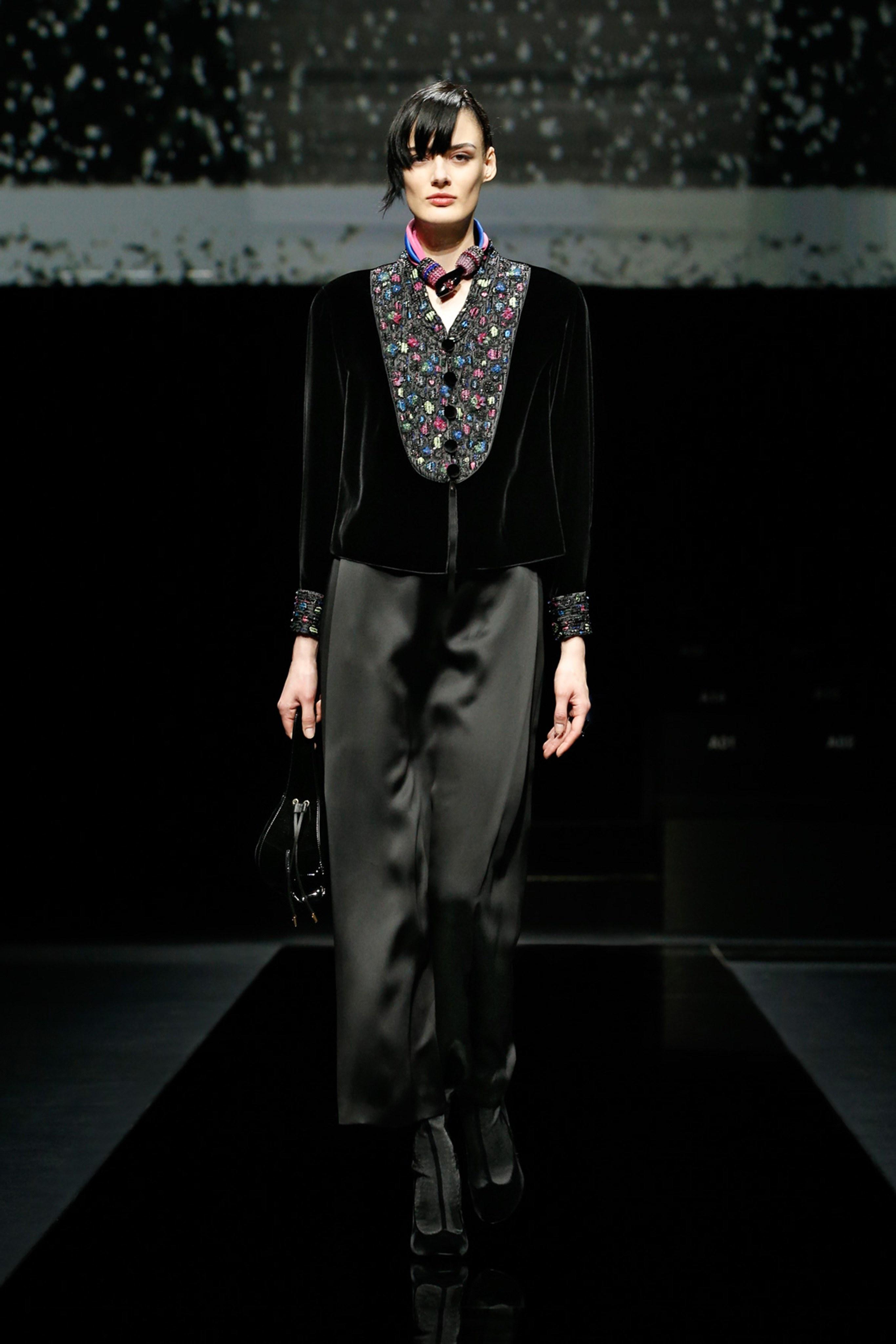 Khong co khach moi den Milan Fashion Week vi lo ngai virus corona hinh anh 10 g14.jpg