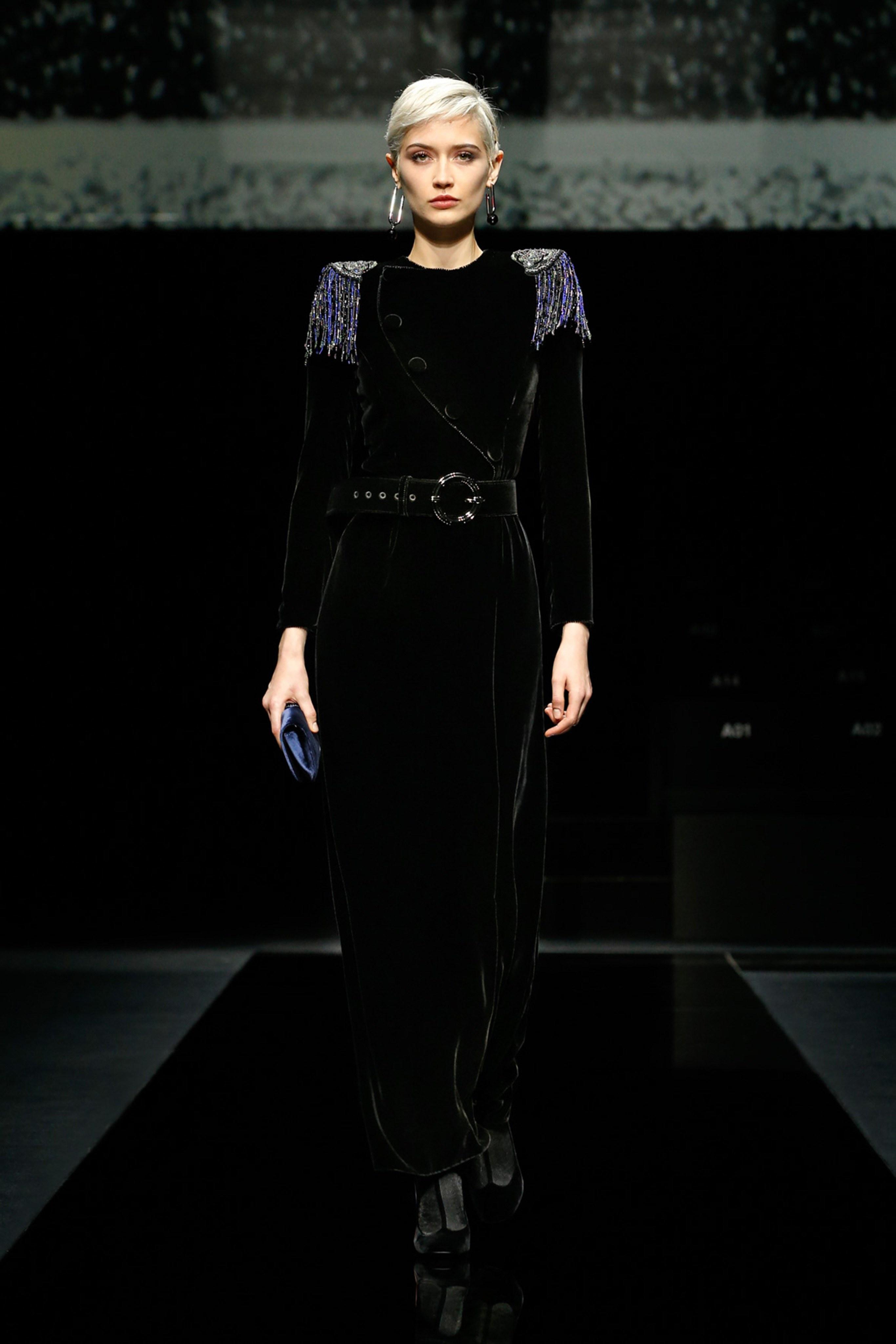 Khong co khach moi den Milan Fashion Week vi lo ngai virus corona hinh anh 14 g15.jpg
