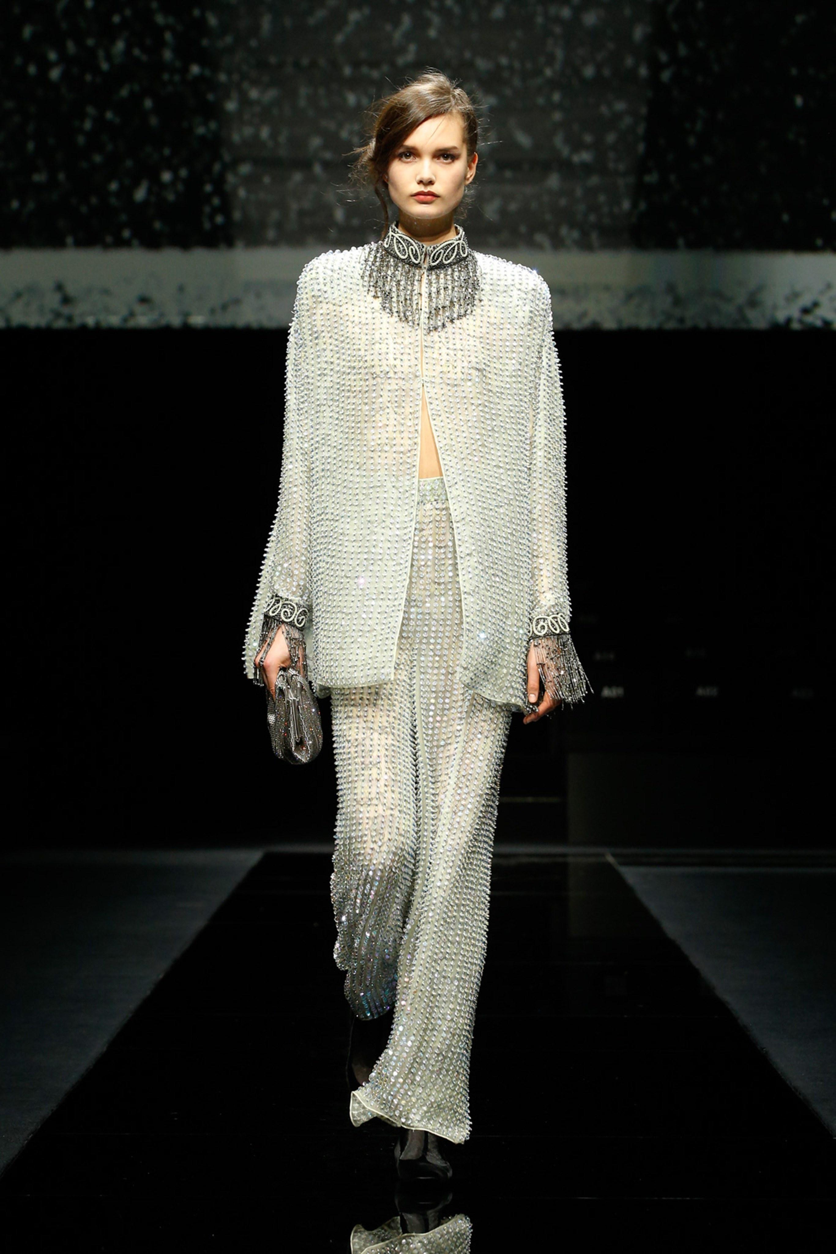 Khong co khach moi den Milan Fashion Week vi lo ngai virus corona hinh anh 19 g20.jpg