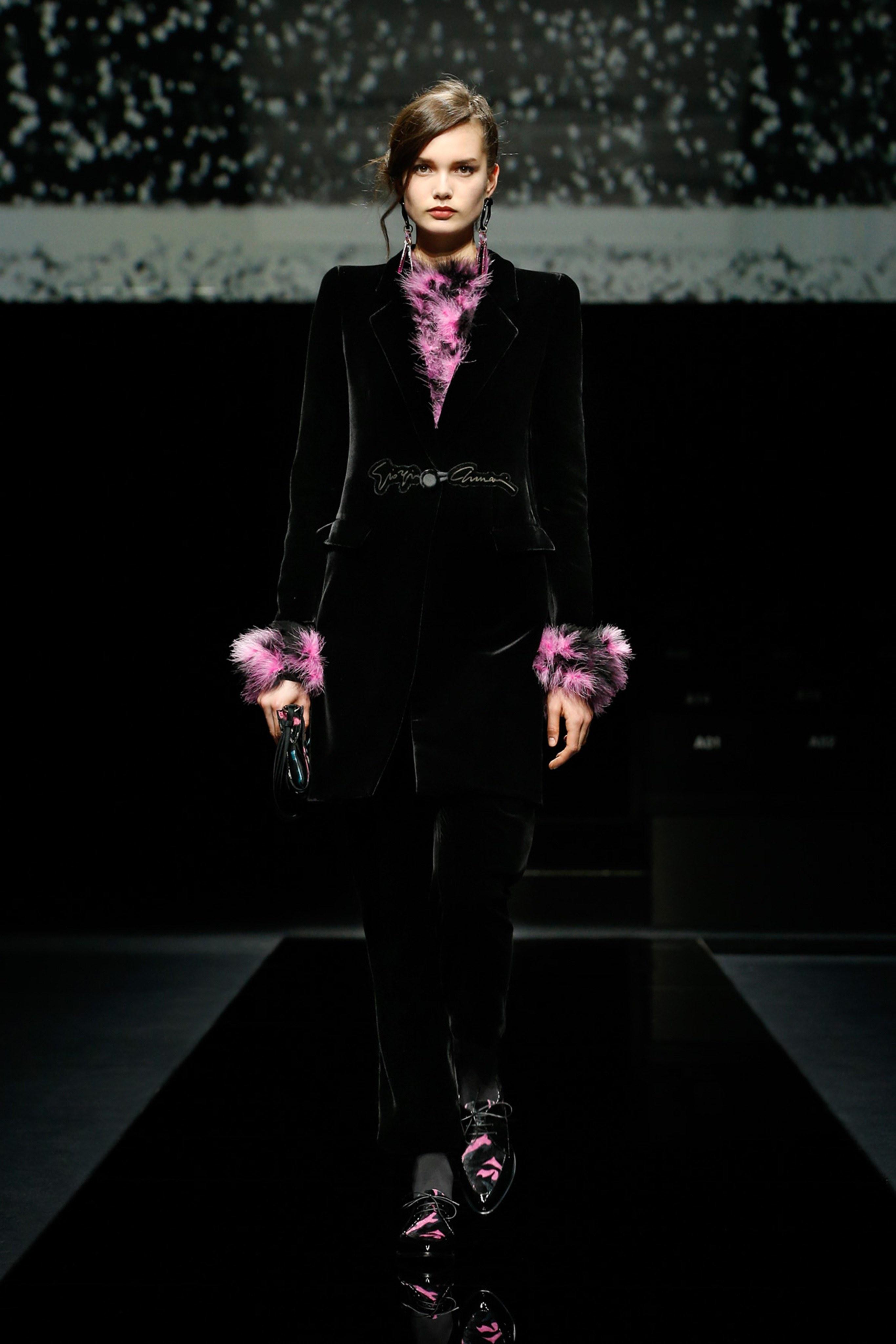 Khong co khach moi den Milan Fashion Week vi lo ngai virus corona hinh anh 7 g8.jpg