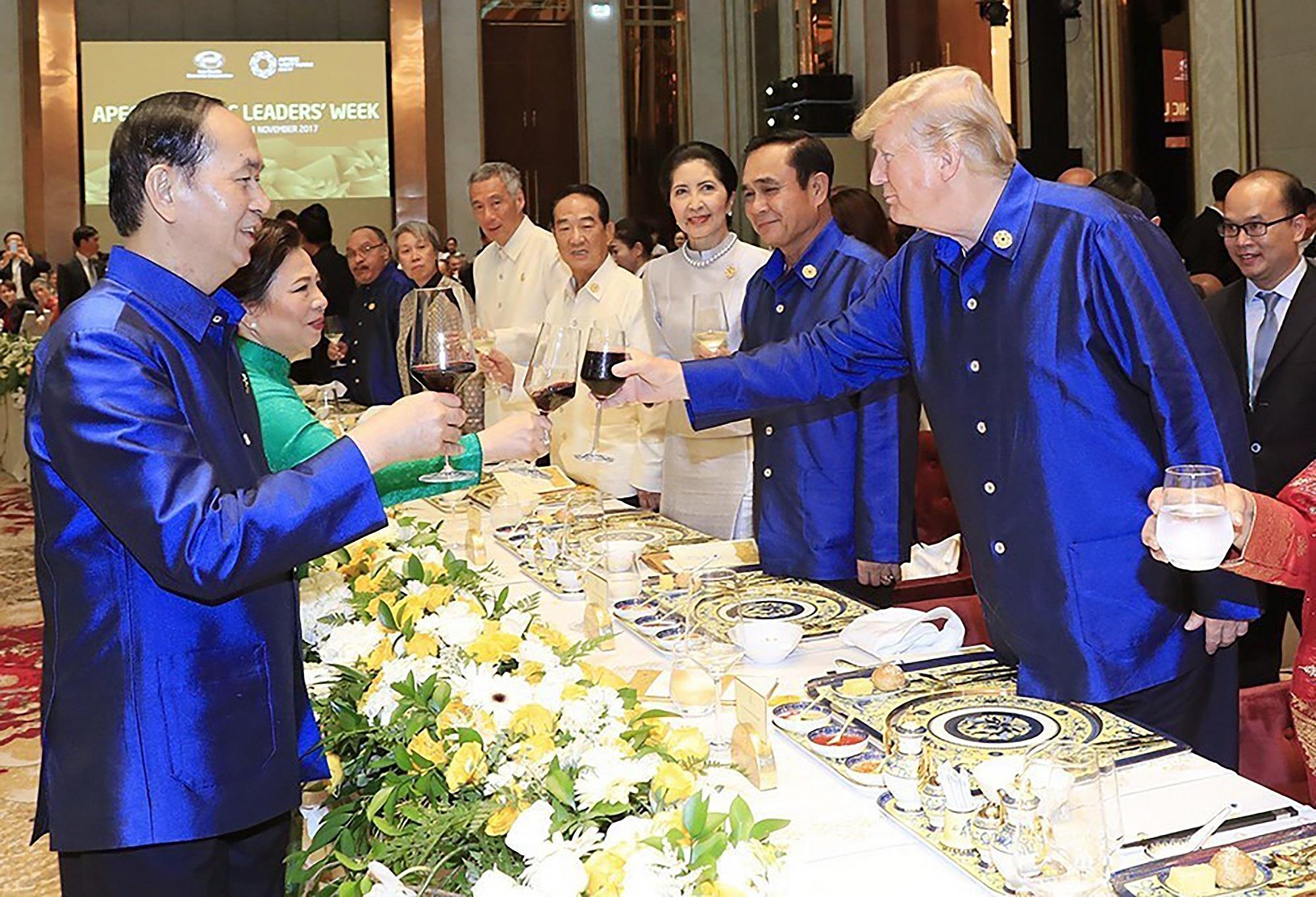 TT Trump toi VN: 'Quan he Viet - My phat trien qua nhanh, vuot bac' hinh anh 9