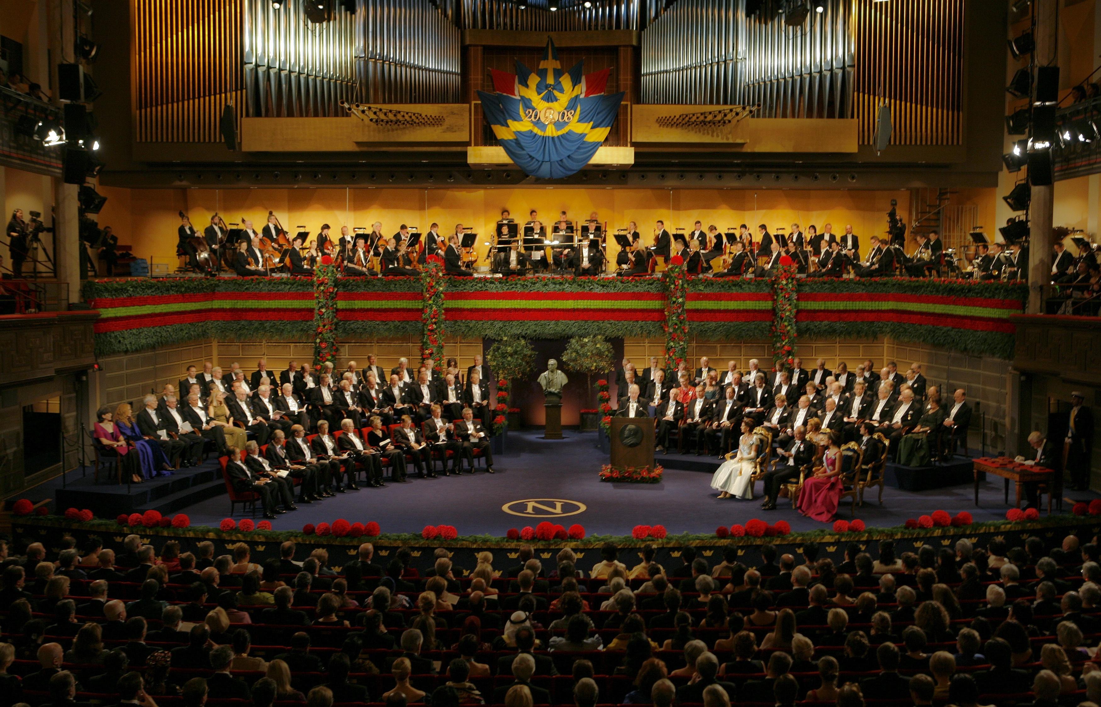 """Nobel Là Ai ? Cuộc Đời Và Sự Nghiệp Và Sự Ra Đời Của Giải """"Nobel"""""""
