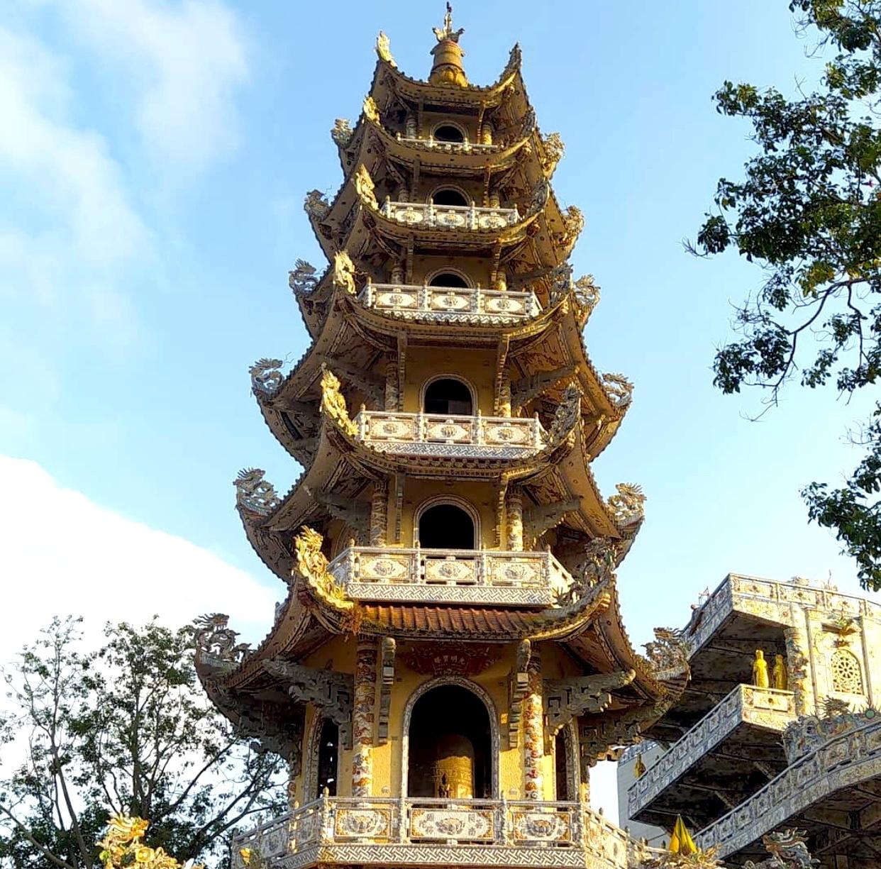 Nhung ngoi chua noi tieng Viet Nam anh 3  - IMG_8368 - Loạt tháp chùa đạt kỷ lục ở Việt Nam