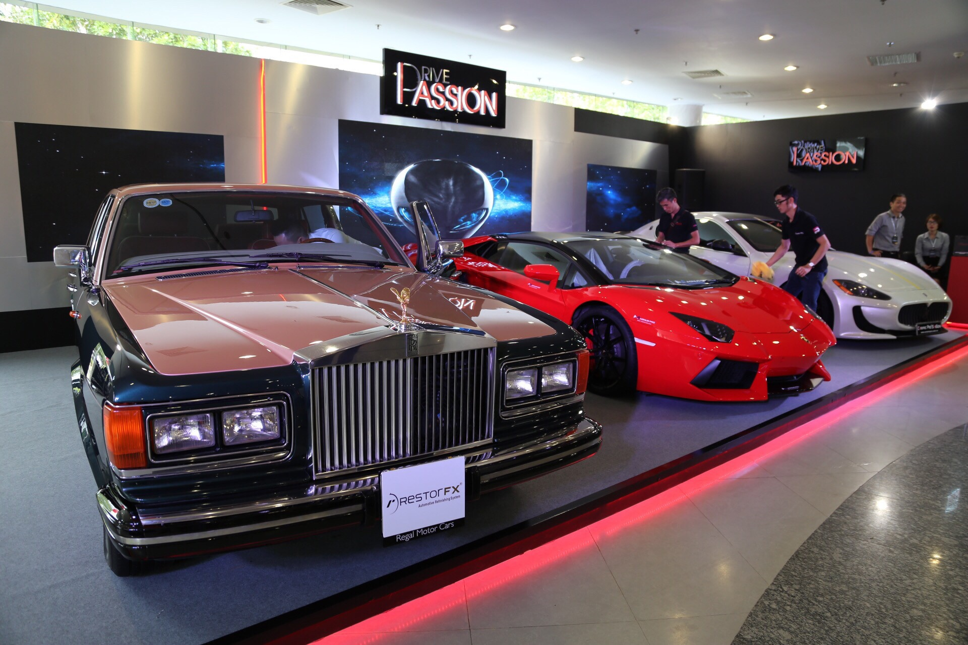 Vietnam International Motor Show 2016 anh 1