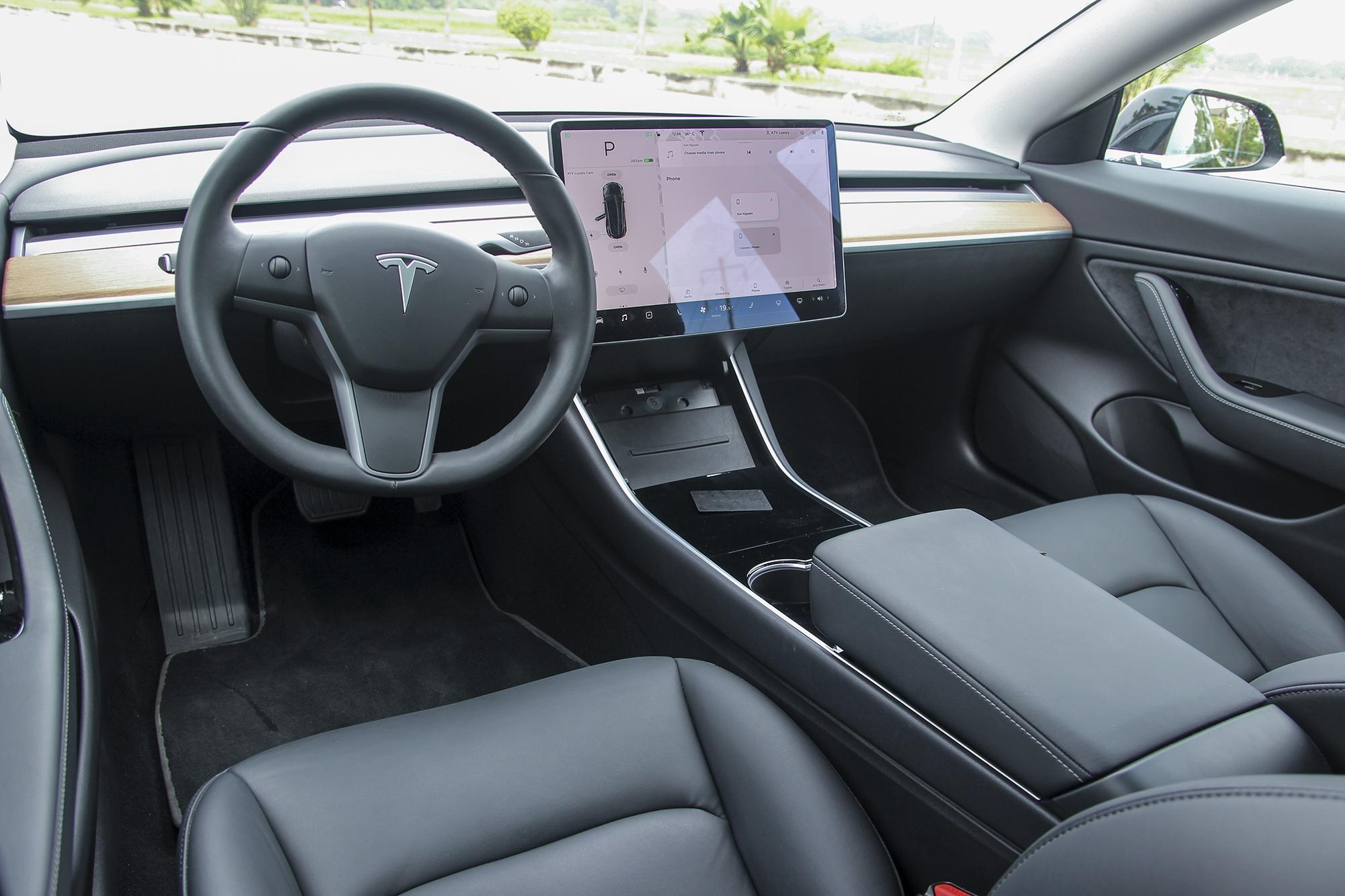 Tesla,  Model 3,  xe dien anh 26
