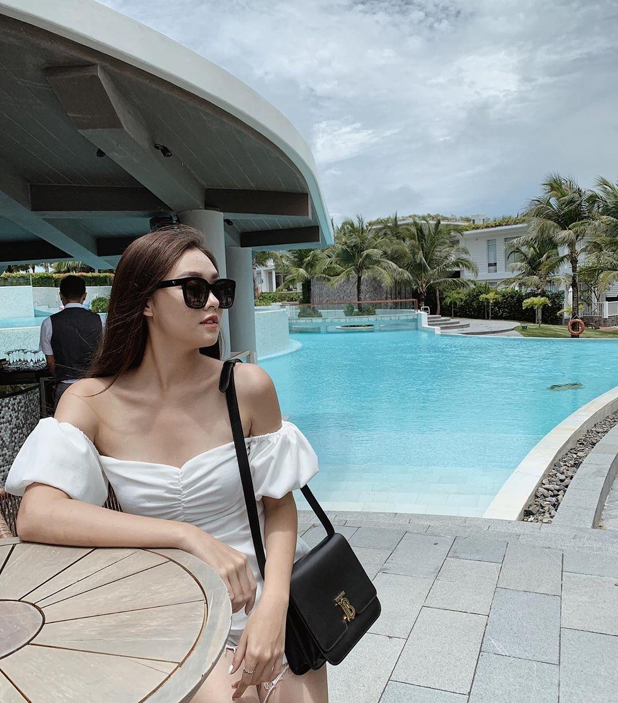 Tuong San - tu hot girl mang den top 8 Hoa hau Quoc te hinh anh 13