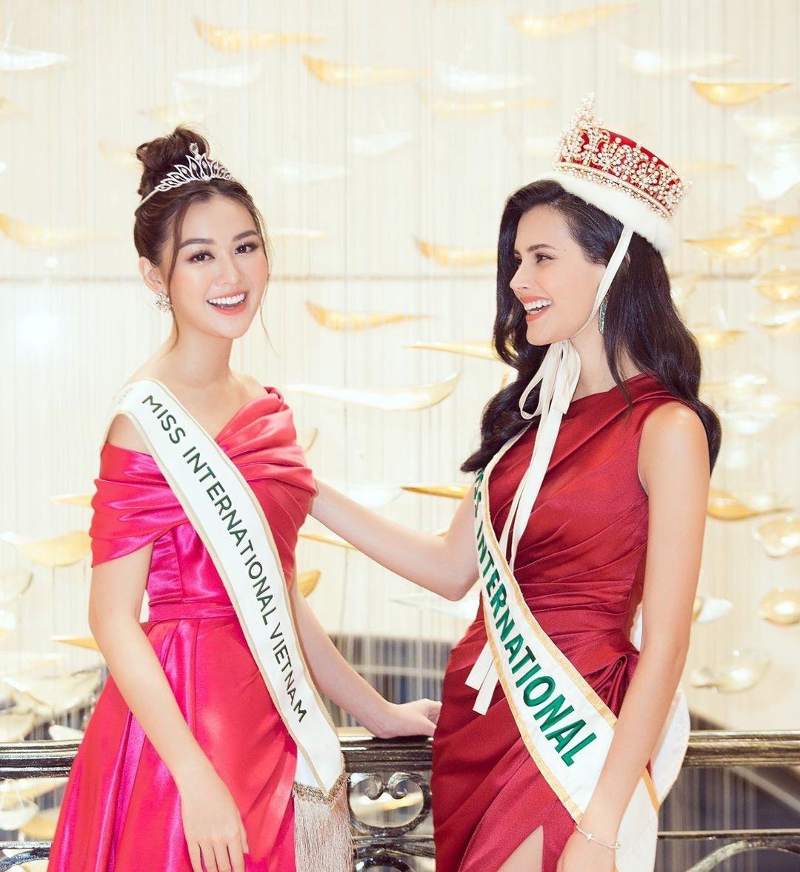 Tuong San - tu hot girl mang den top 8 Hoa hau Quoc te hinh anh 50