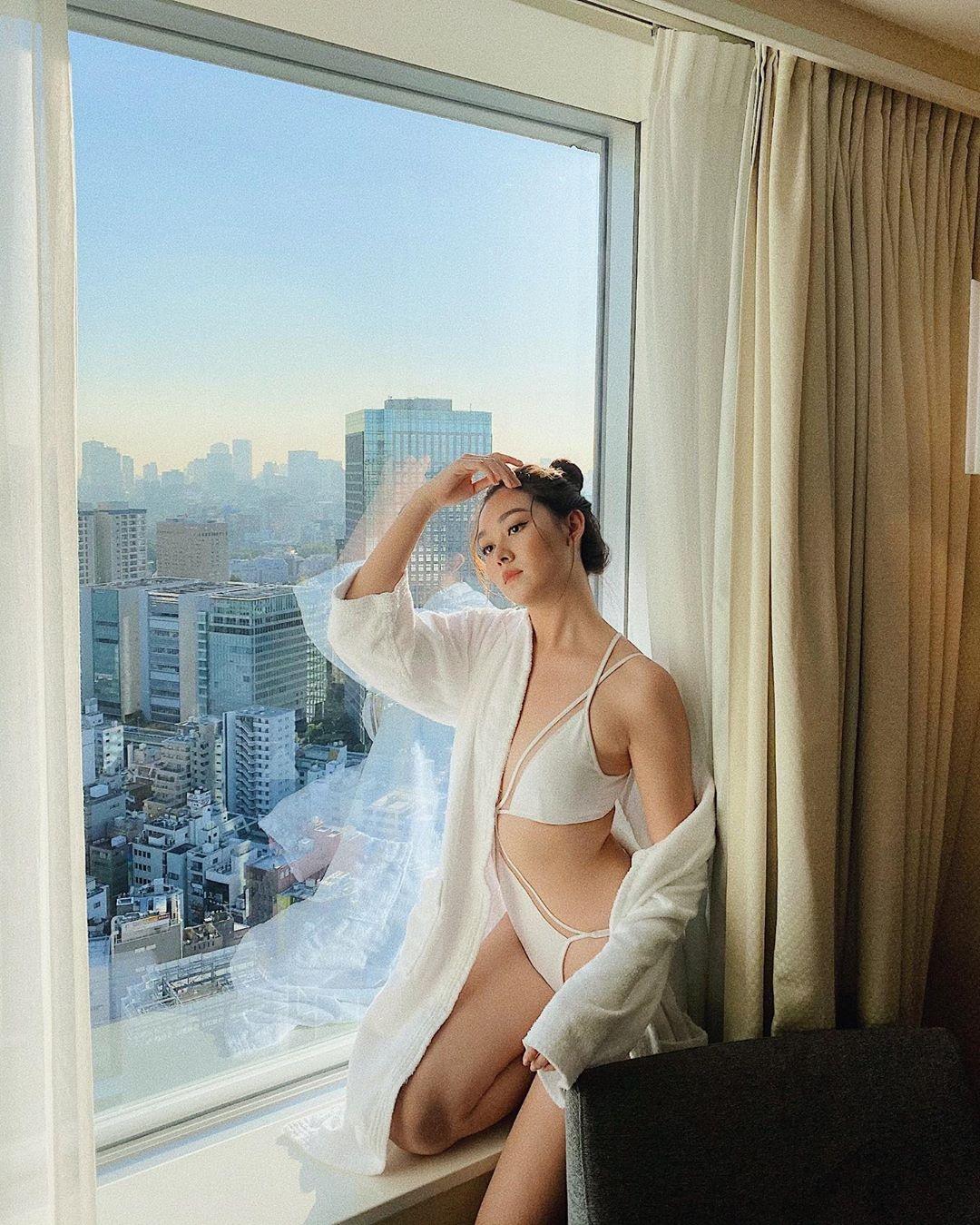 Tuong San - tu hot girl mang den top 8 Hoa hau Quoc te hinh anh 57