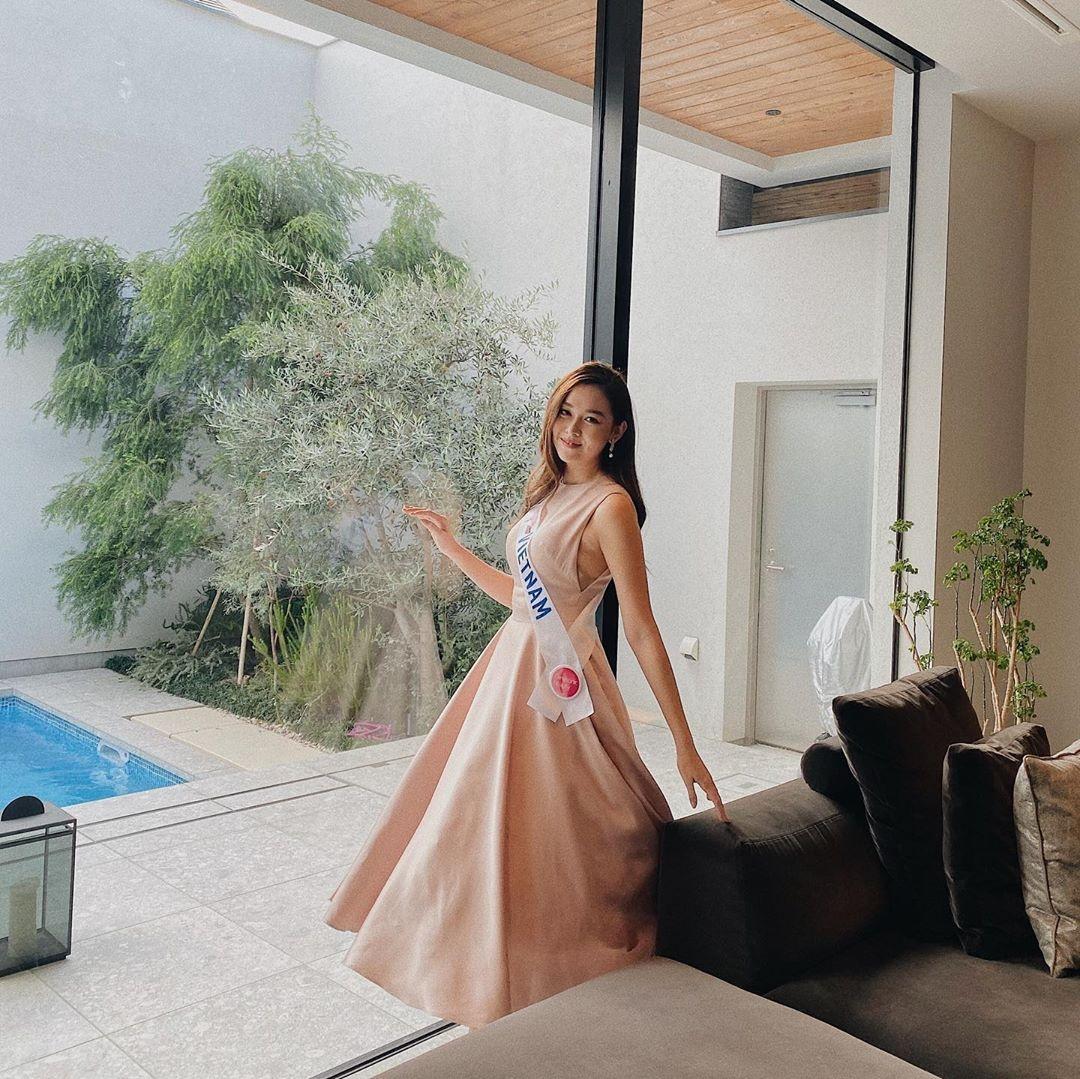 Tuong San - tu hot girl mang den top 8 Hoa hau Quoc te hinh anh 59