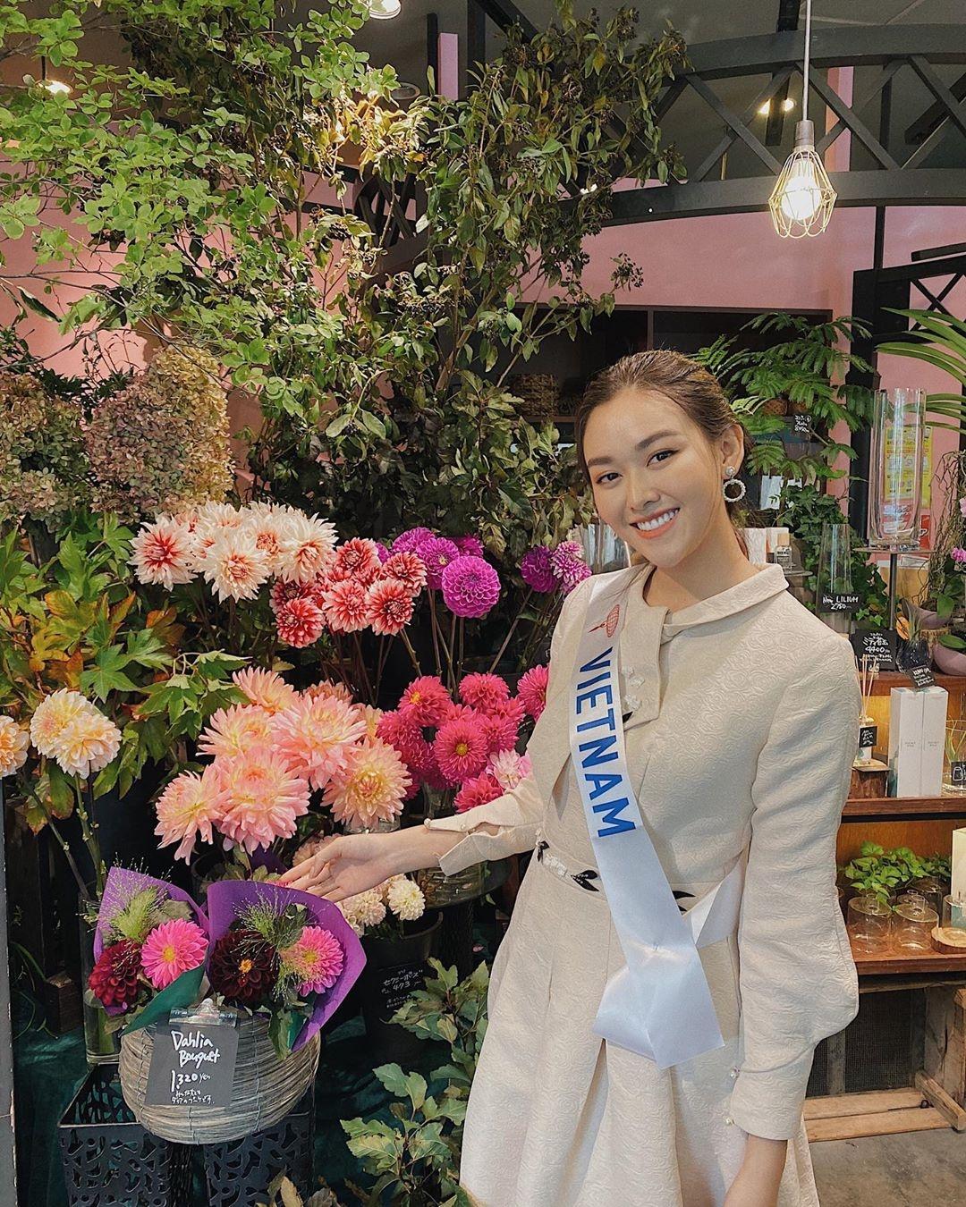 Tuong San - tu hot girl mang den top 8 Hoa hau Quoc te hinh anh 51