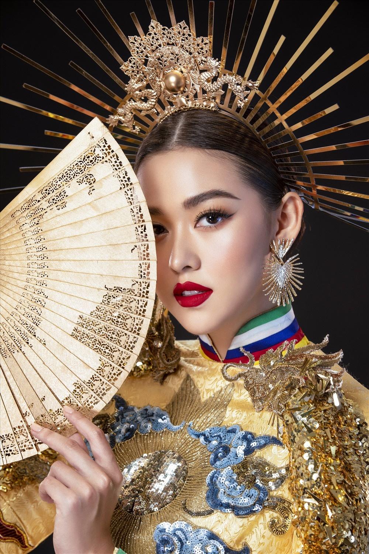 Tuong San - tu hot girl mang den top 8 Hoa hau Quoc te hinh anh 37