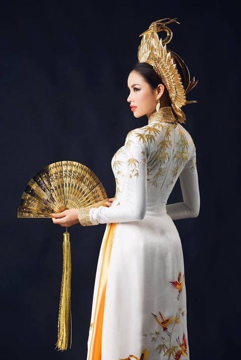 So phan khac biet cua 3 my nhan dang quang Hoa hau Hoan vu Viet Nam hinh anh 38