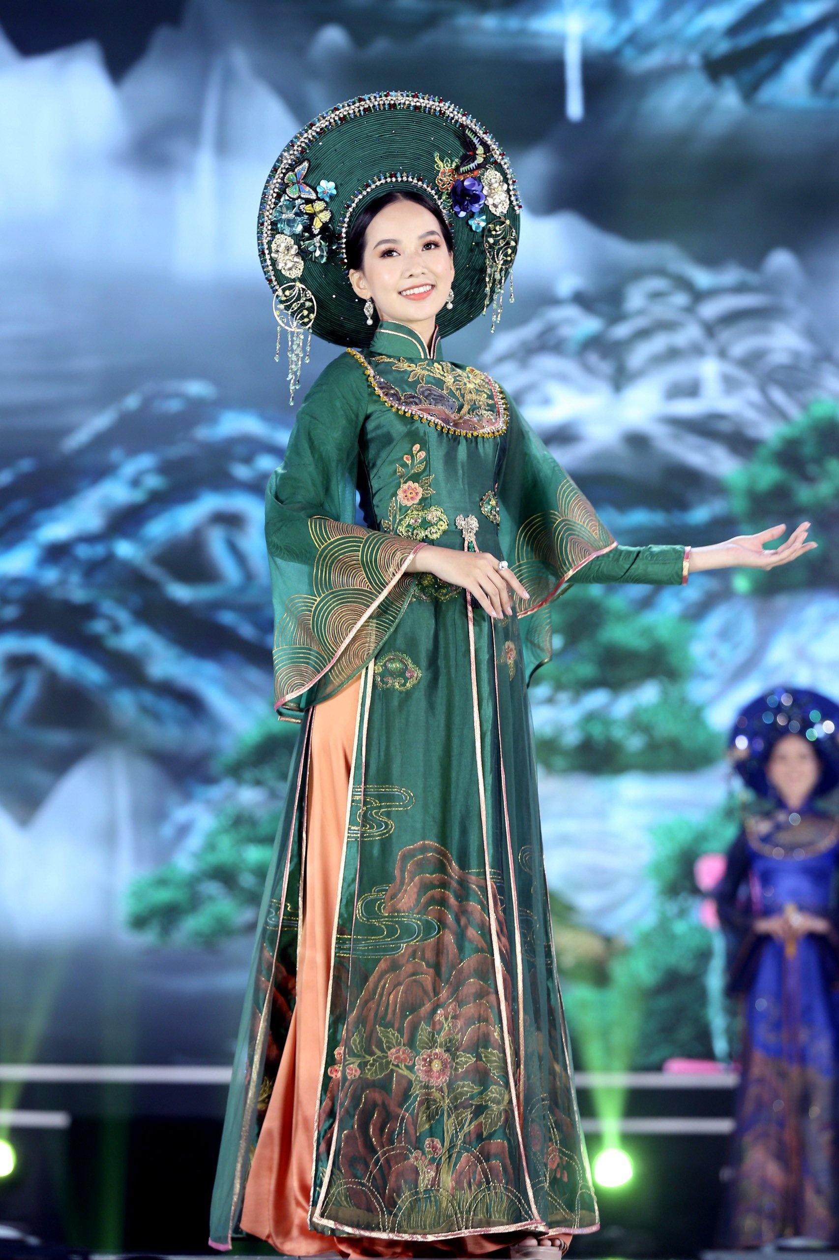 Chung ket Hoa hau Viet Nam 2020 anh 12