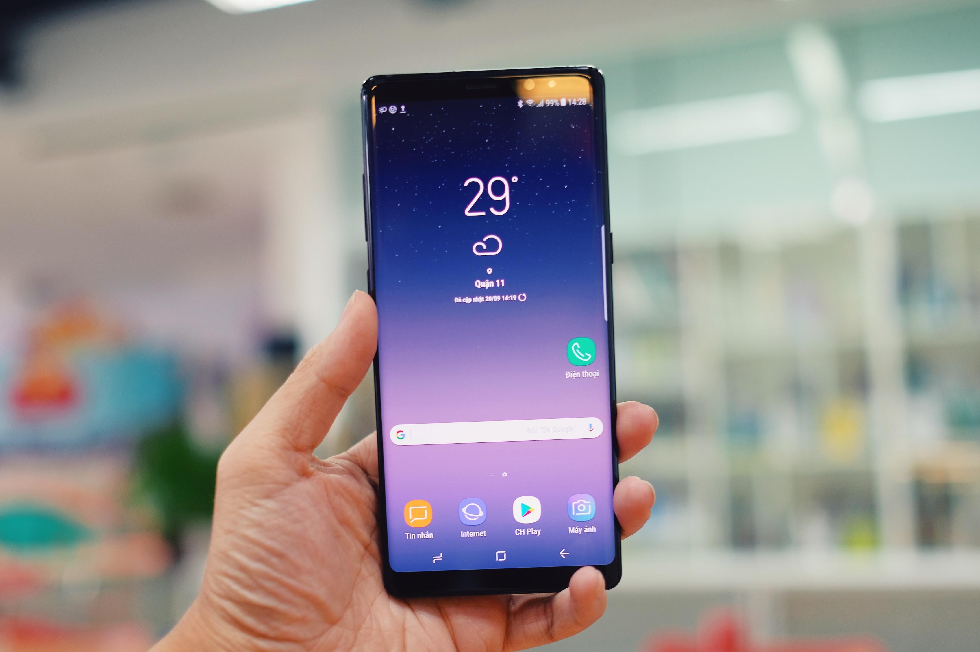 Galaxy Note 8 lam thay doi thi truong di dong cao cap ra sao? hinh anh 7