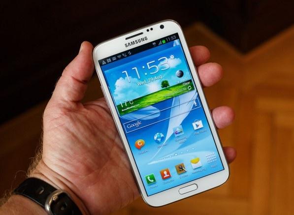 8 nam Galaxy Note: Tu ke bi hoai nghi den di dong di dau ve sang tao hinh anh 3