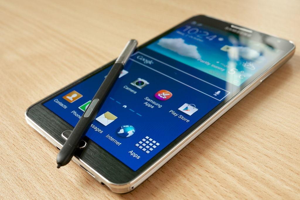 8 nam Galaxy Note: Tu ke bi hoai nghi den di dong di dau ve sang tao hinh anh 5