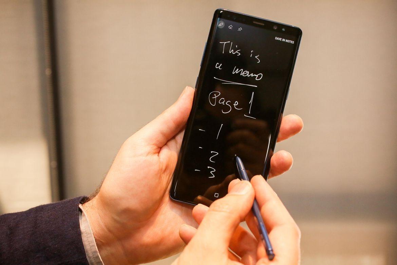 8 nam Galaxy Note: Tu ke bi hoai nghi den di dong di dau ve sang tao hinh anh 10