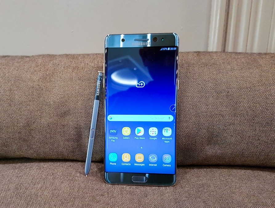 8 nam Galaxy Note: Tu ke bi hoai nghi den di dong di dau ve sang tao hinh anh 9