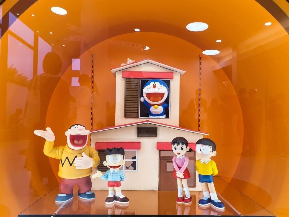 Tham bao tang Doraemon qua ong kinh Galaxy Note9 hinh anh 15