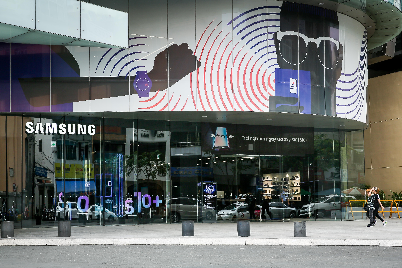 Samsung showcase anh 12