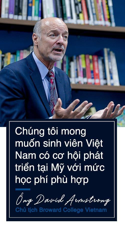 Hanh trinh 10 nam dua sinh vien Viet ra bien lon cua Dai hoc Broward hinh anh 4