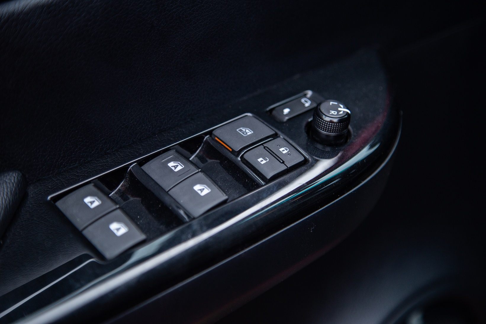 Toyota Hilux - su tong hoa day quyen ru hinh anh 12