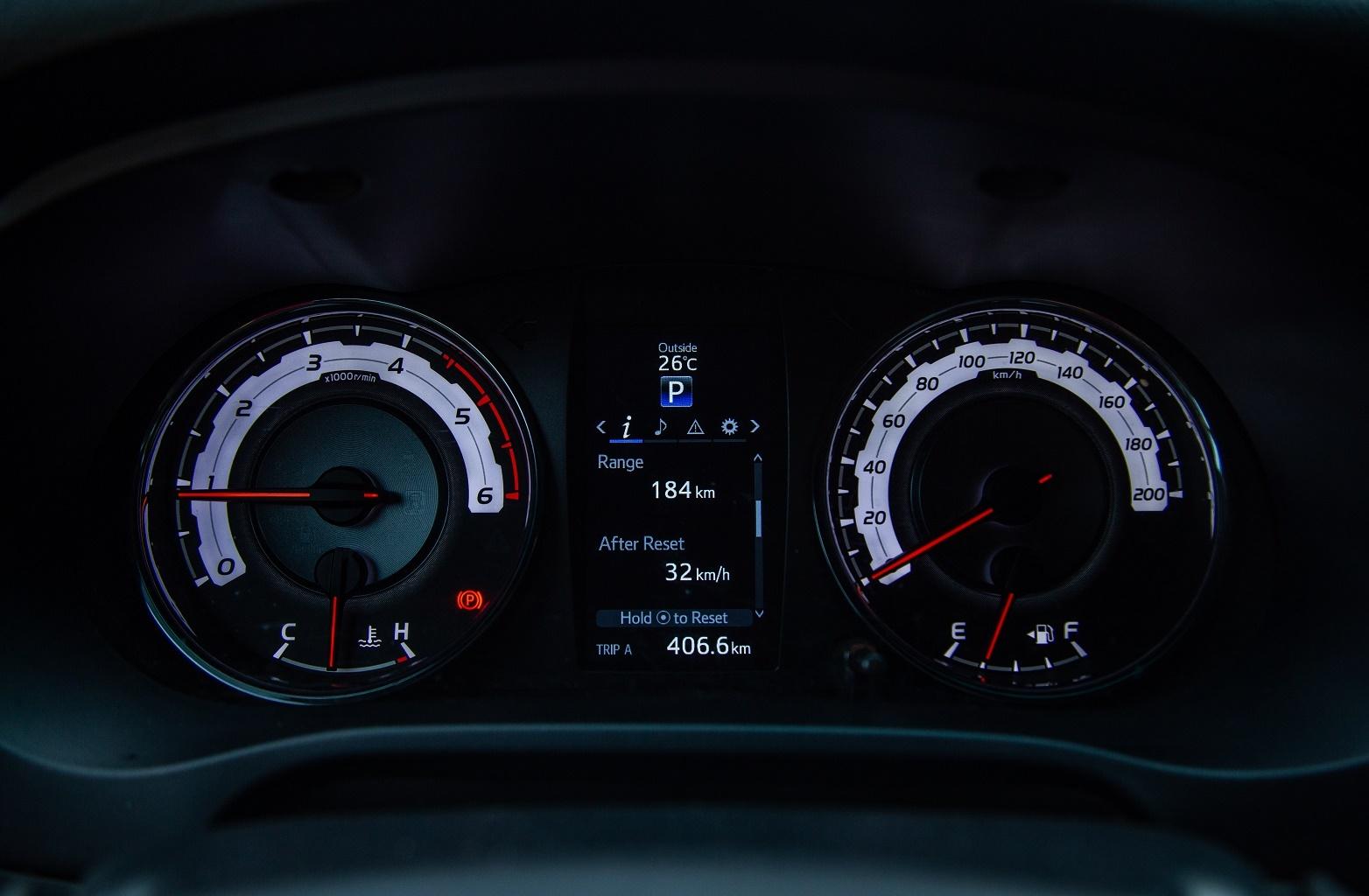 Toyota Hilux - su tong hoa day quyen ru hinh anh 10