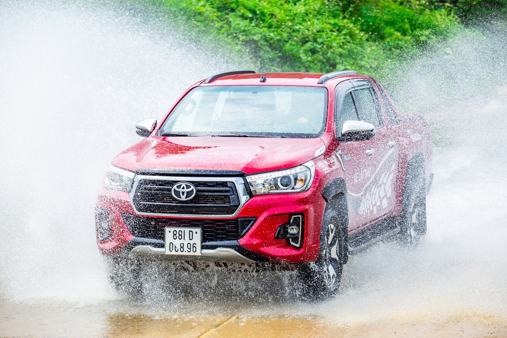 Toyota anh 4