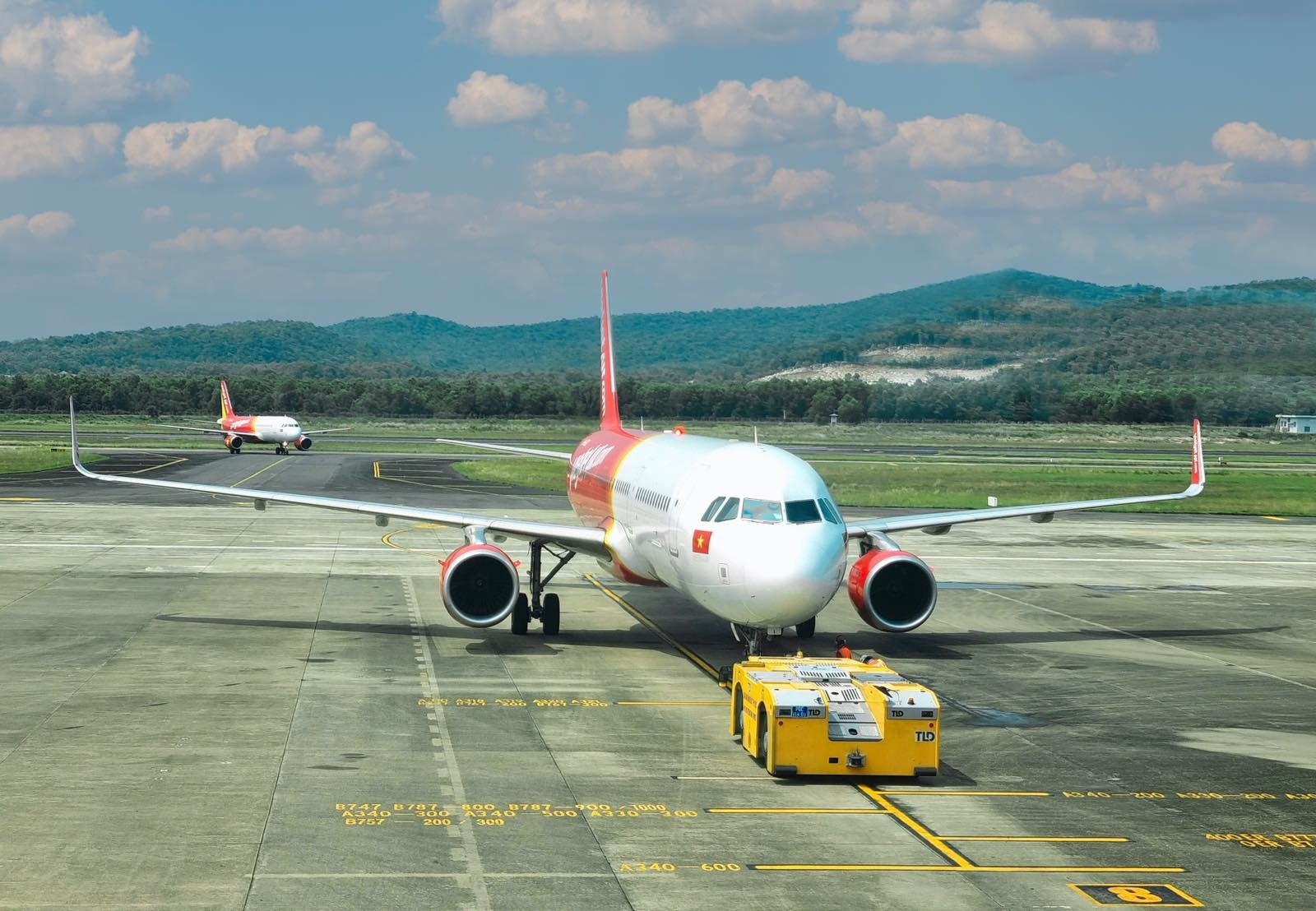 Vietjet anh 6  - Tau_bay_Vietjet_PQC - Vietjet khai thác 10 đường bay thẳng đến Phú Quốc