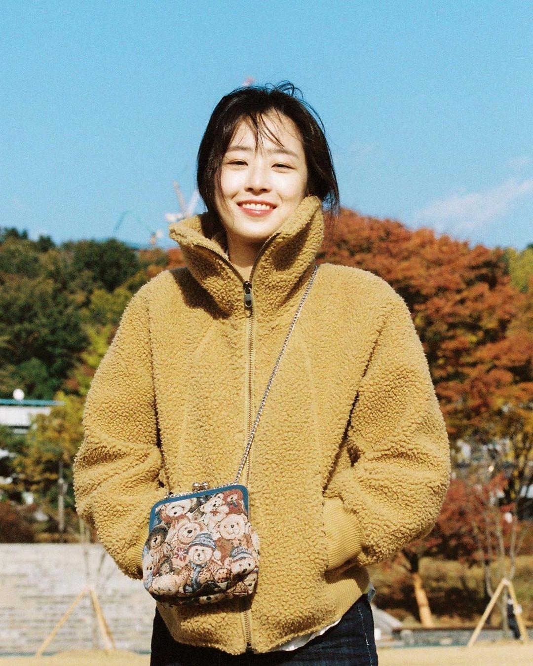 Nhan sac cʋa Choi Ye Bin anҺ 7