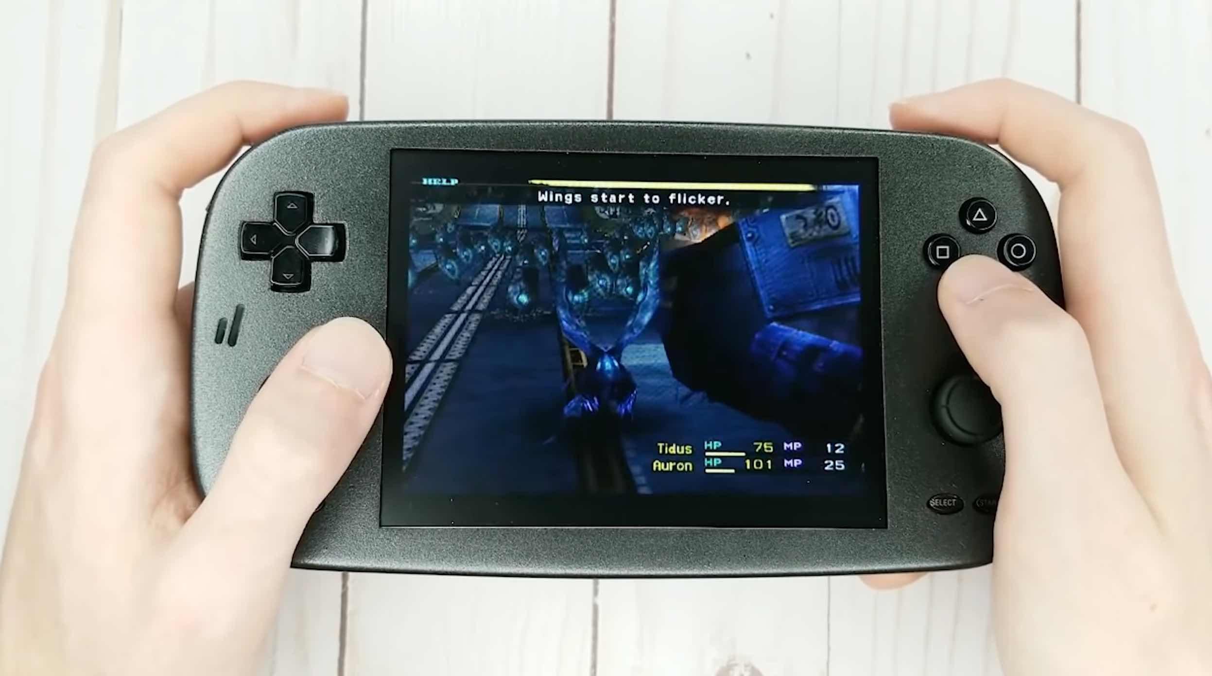 Feed24h   Biến PlayStation 2 thành máy chơi game cầm tay
