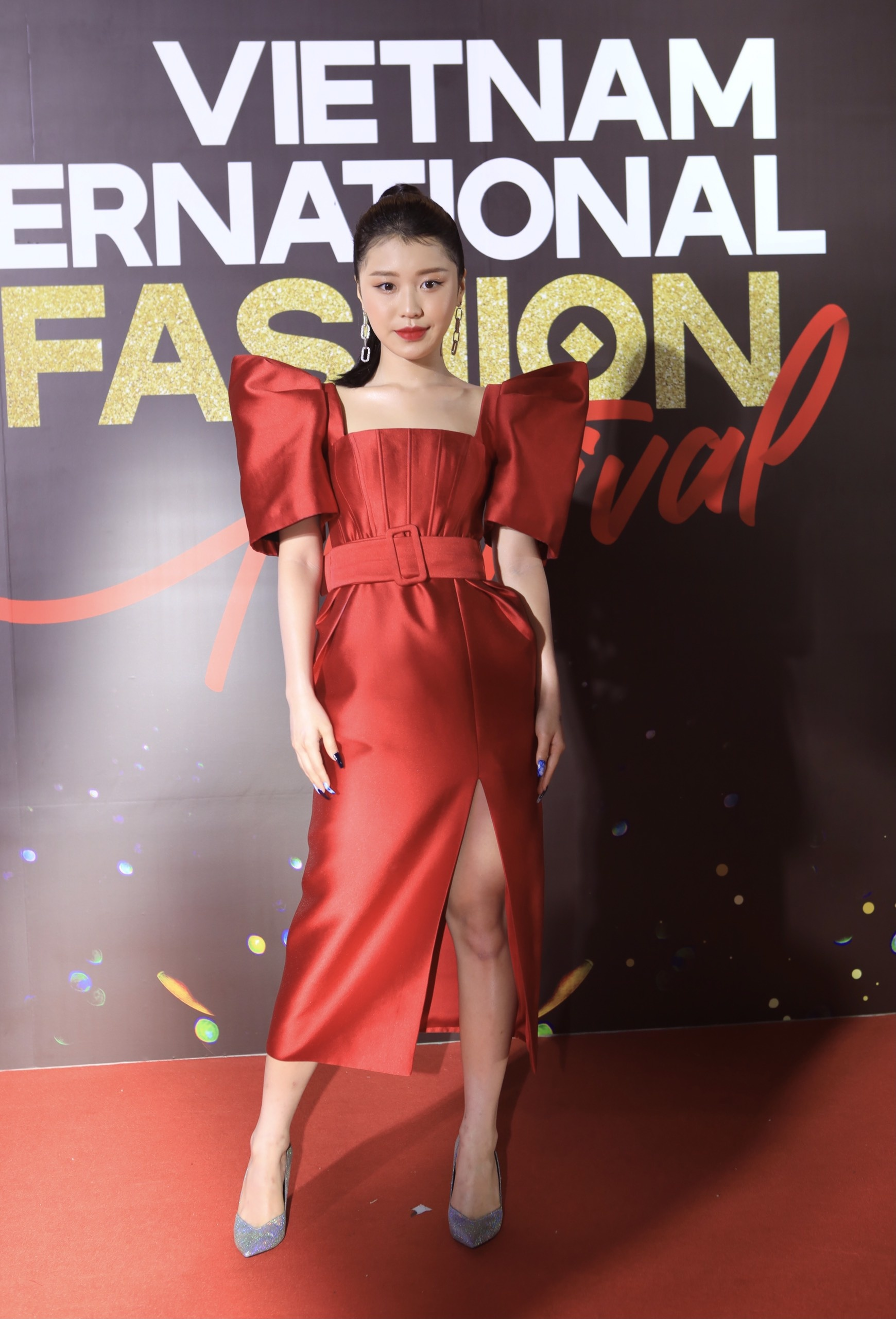 Vietnam International Fashion Festival 2020 anh 2