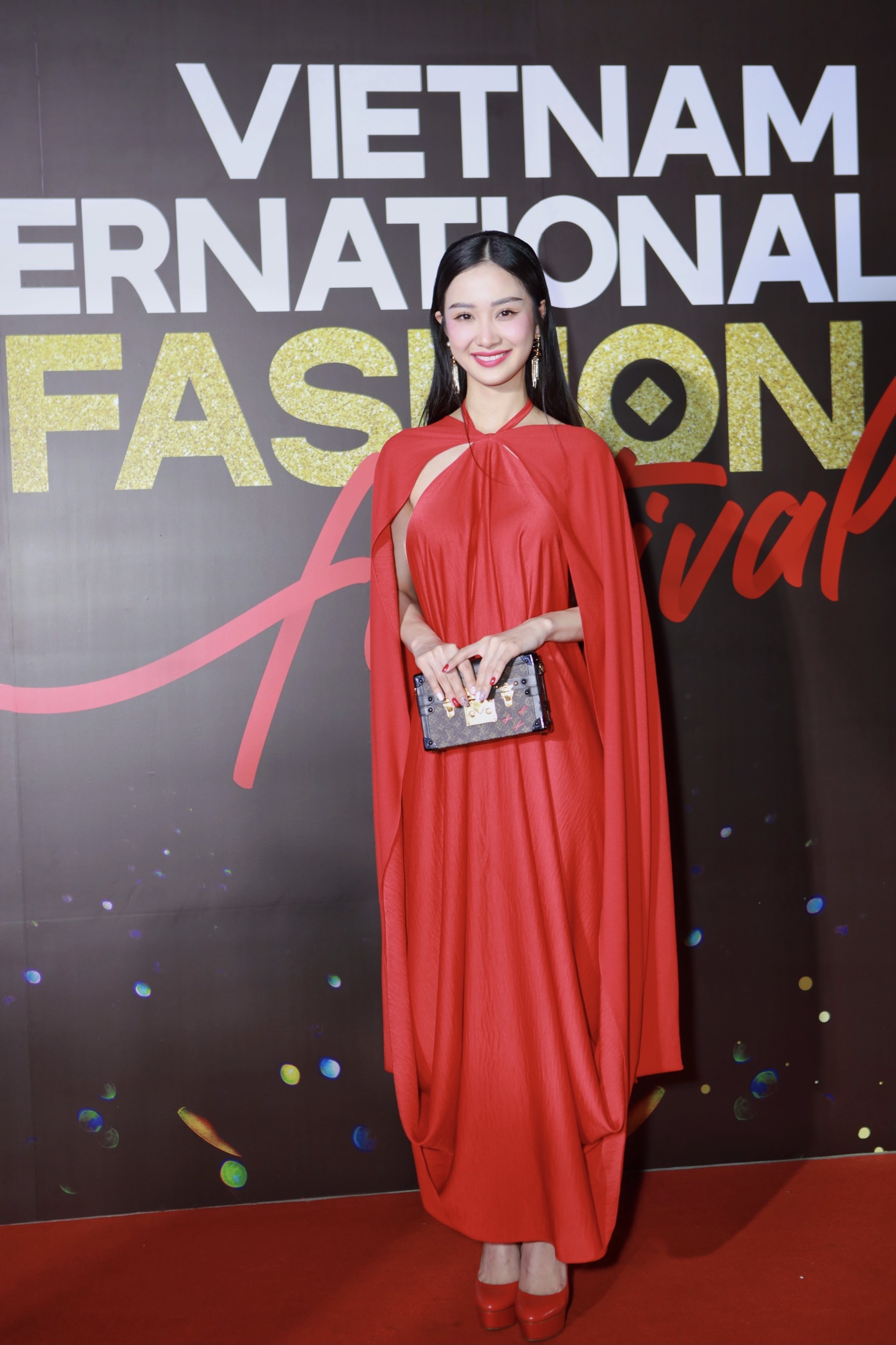Vietnam International Fashion Festival 2020 anh 5