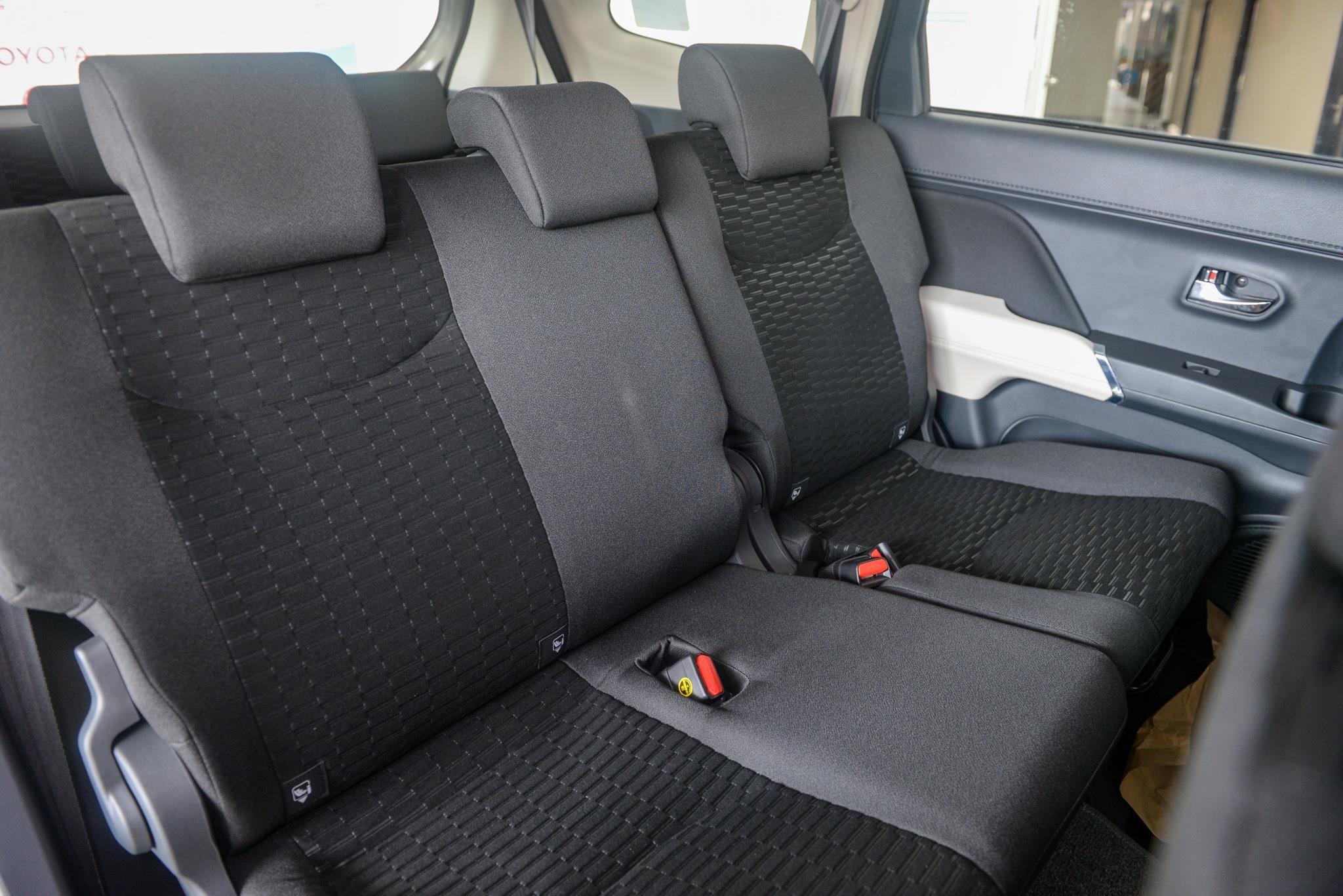SUV 7 cho gia lan banh duoi 800 trieu dong anh 15