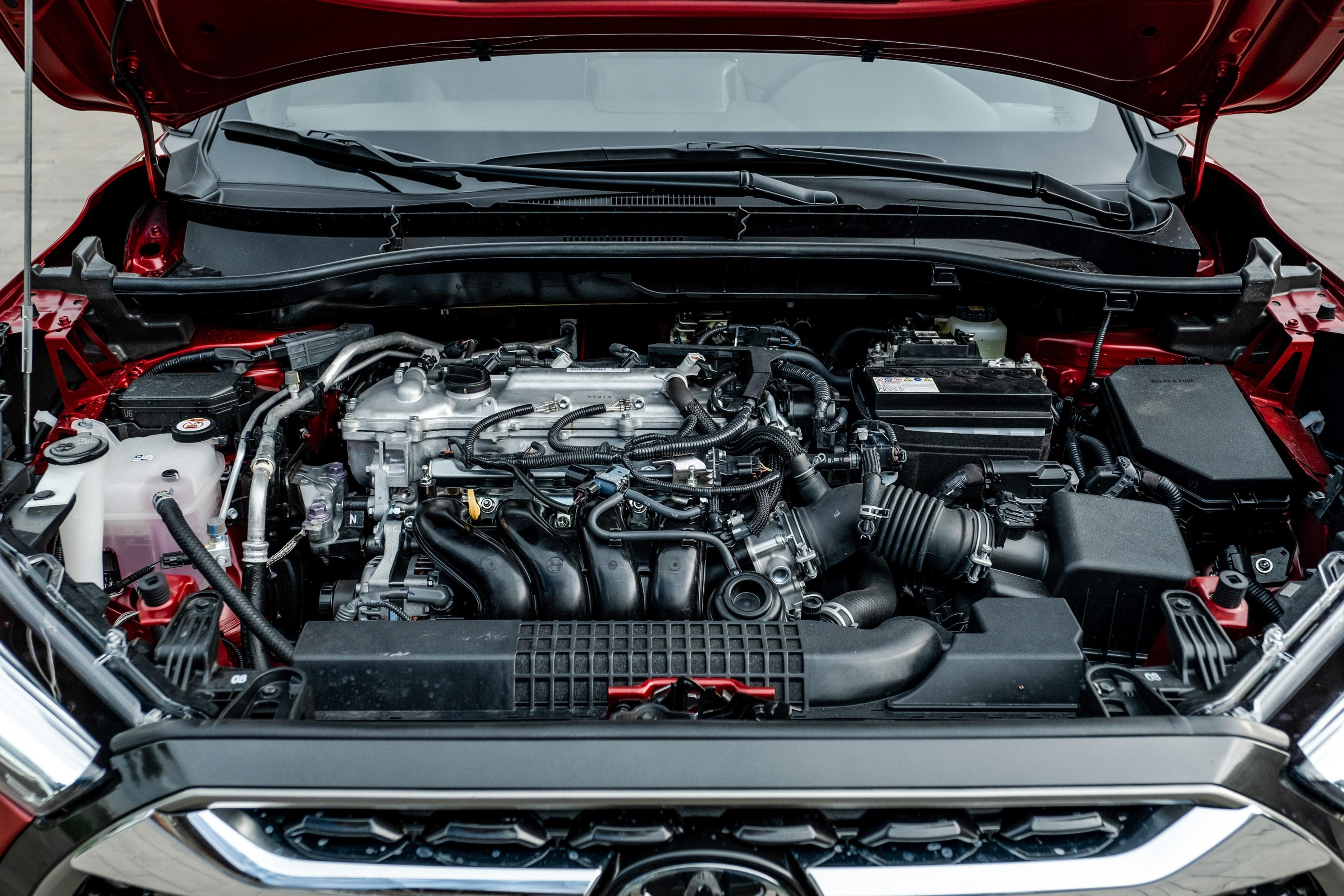Chon Kia Seltos 1.4 Premium hay Toyota Corolla Cross 1.8V? anh 17