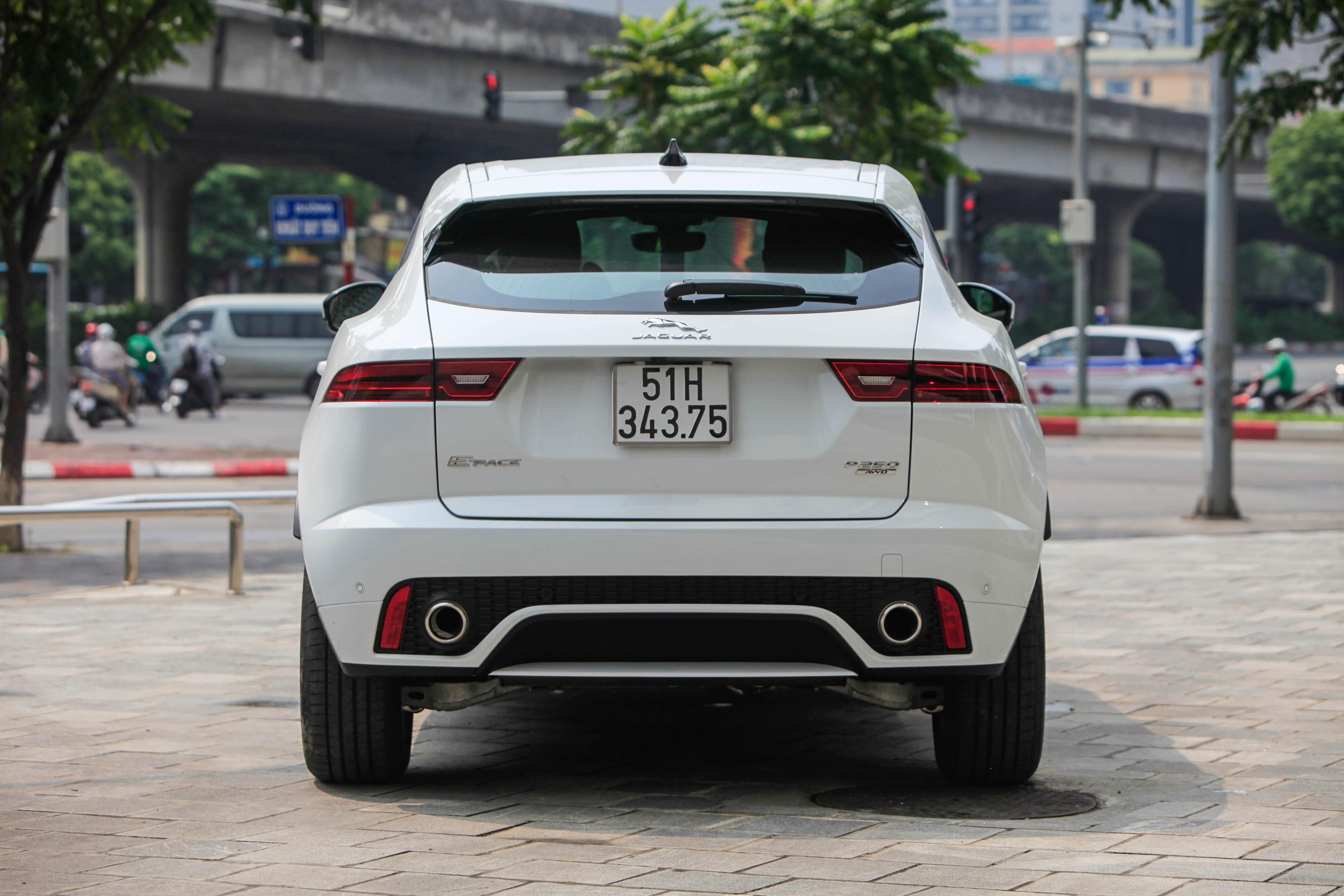 So sanh Range Rover Evoque va Jaguar E-Pace anh 9