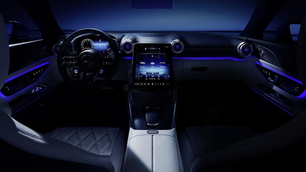 noi that xe the thao Mercedes-AMG SL anh 12