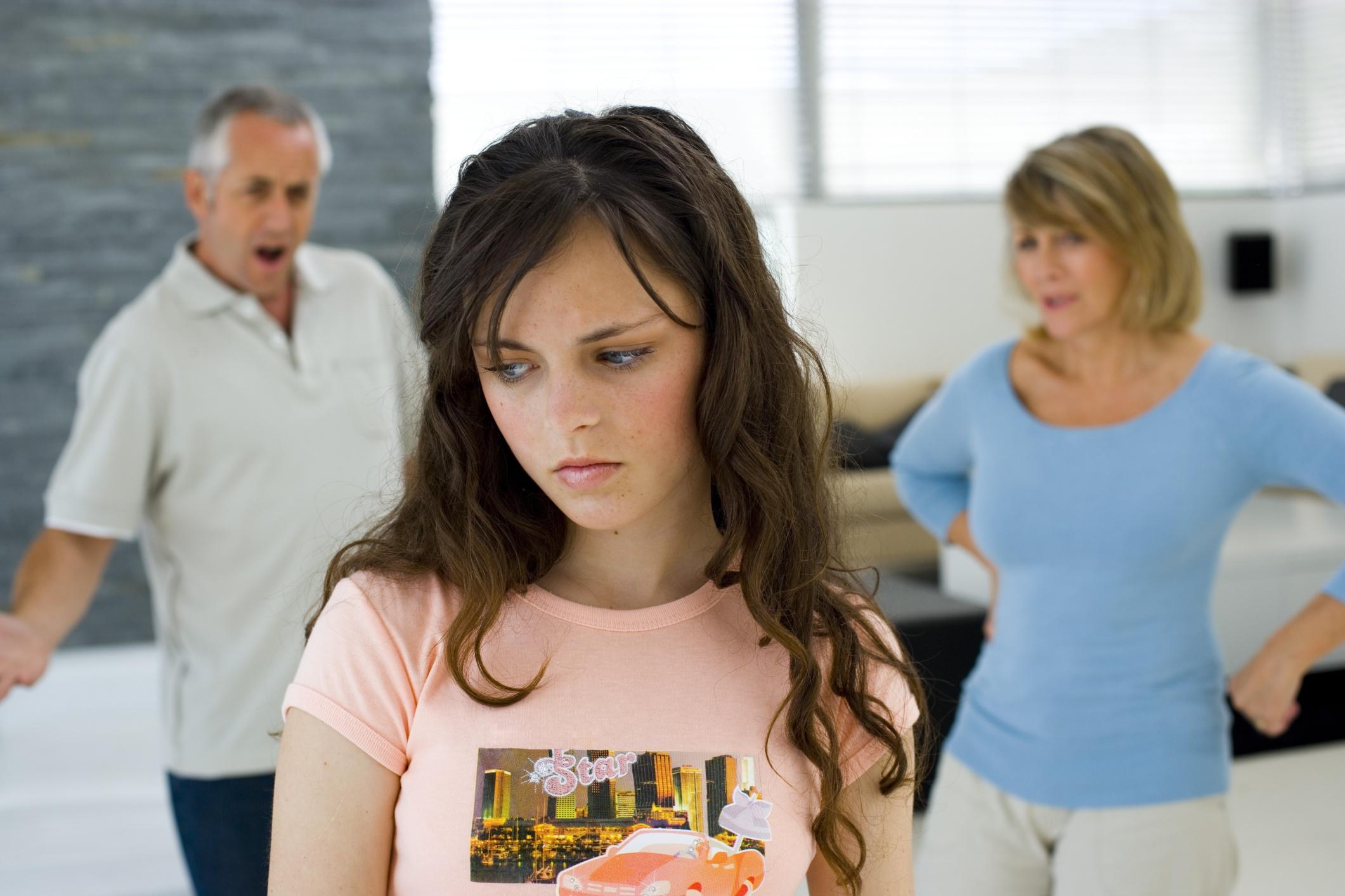 Teen ơi, làm bạn nhé' - 10 điều cha mẹ thường hiểu nhầm con