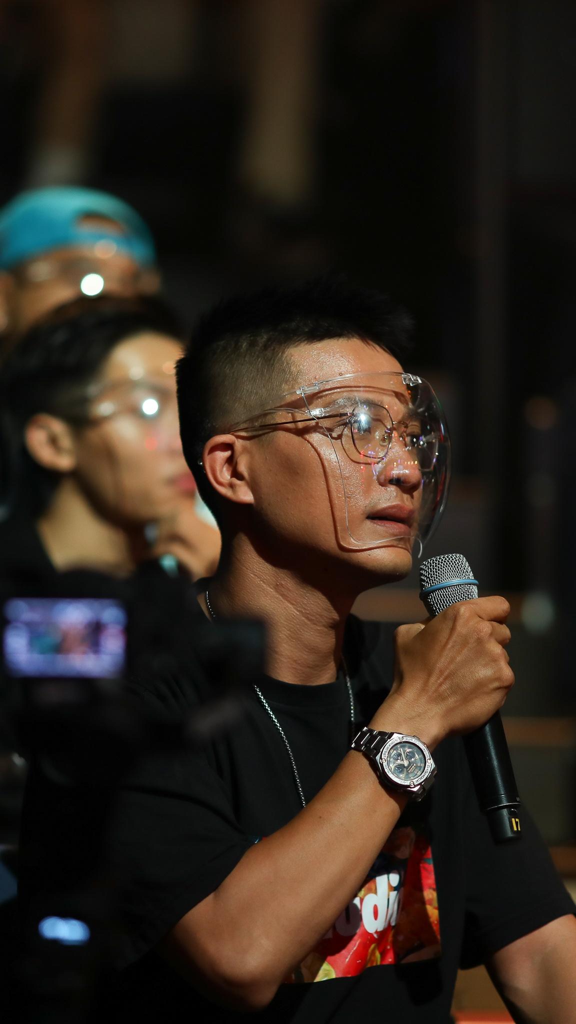 John Huy Tran lam giam khao show vu dao anh 32