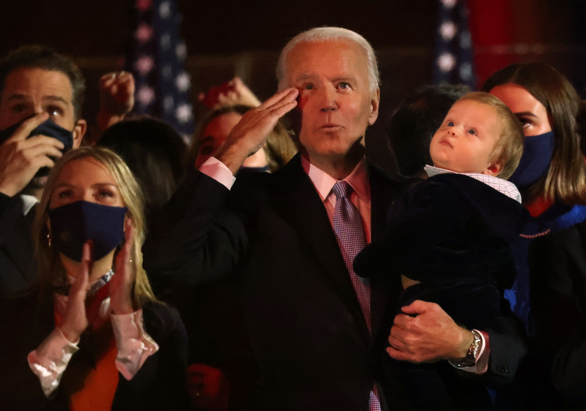 2020_11_08T025930Z_80542830_HP1EGB808B6MK_RTRMADP_3_USA_ELECTION_BIDEN_1_.jpg
